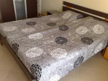 Сдаю люкс апартаменты в г. Поморие на берегу моря - 010120085651.jpg
