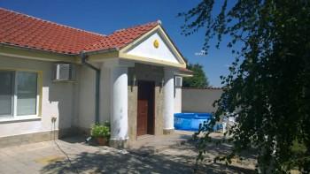 Продам дом и готовый бизнес - dom_02.jpg