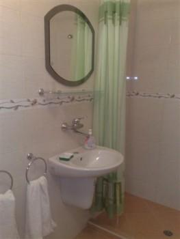 Лето в Болгарии.Сдам апартаменты и комнаты в г.Поморие первая линия - 090720154181 (Small).jpg