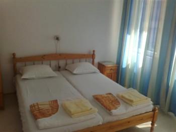 Лето в Болгарии.Сдам апартаменты и комнаты в г.Поморие первая линия - 020620121162 (Small).jpg